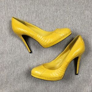 Never worn Ralph Lauren Kailee leather pumps size8